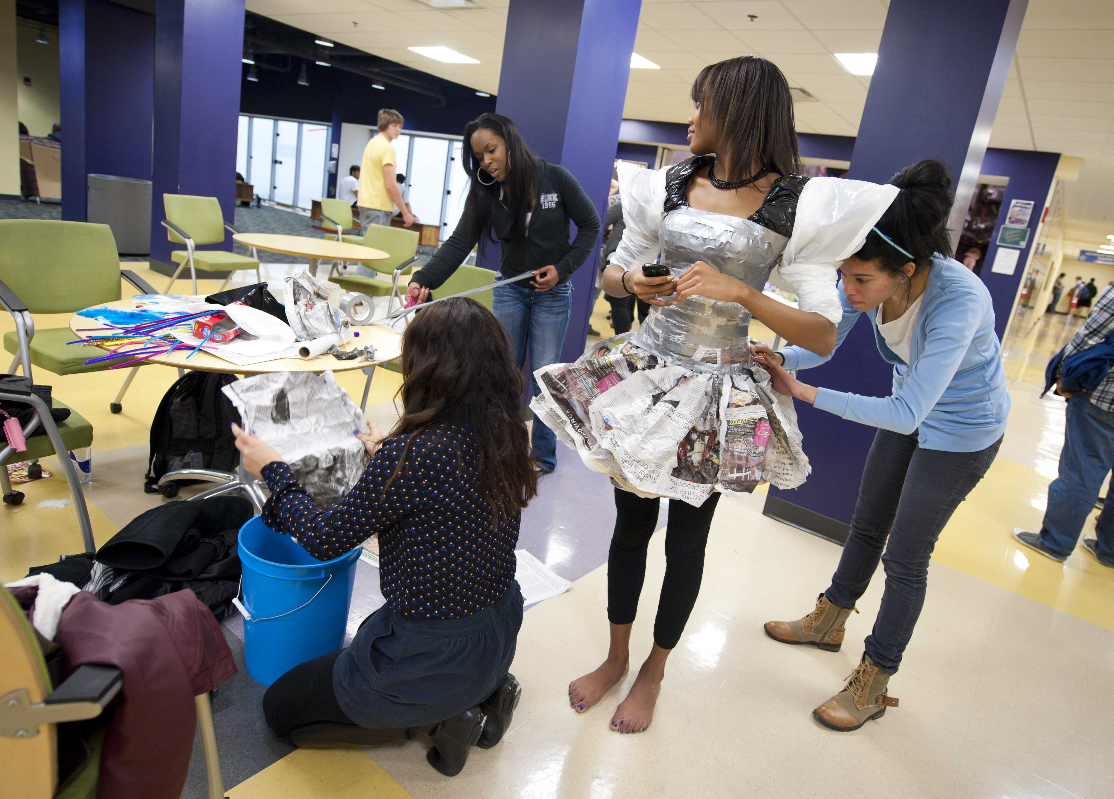 Wright State Newsroom Students Try Their Hand At Runway