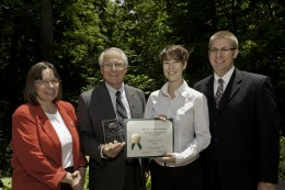 (L-R) Photo of Honors Director Susan Carrafiello, Wright State President David R. Hopkins, commendation award winner for writing excellence Lara Donnelly and Honors Associate Director Alex Wenning.