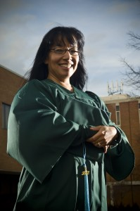 Photo of graduating student Linda Thomas.