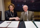Photo of Central State President Cynthia Jackson Hammond and Wright State President David R. Hopkins