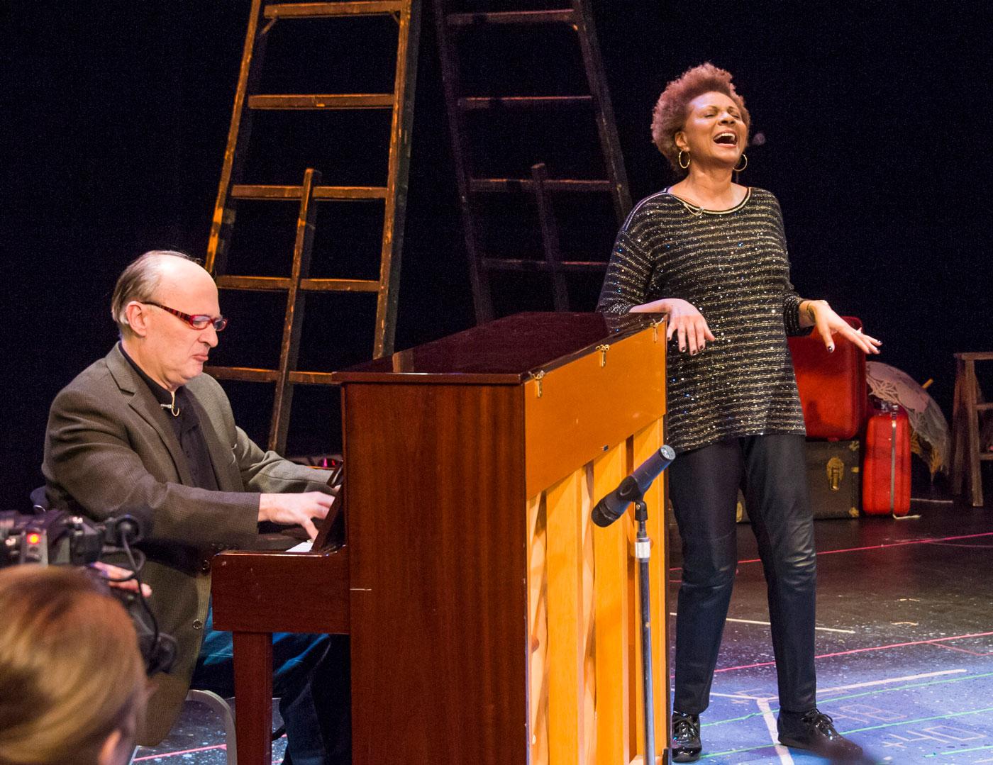Leslie Uggams singing