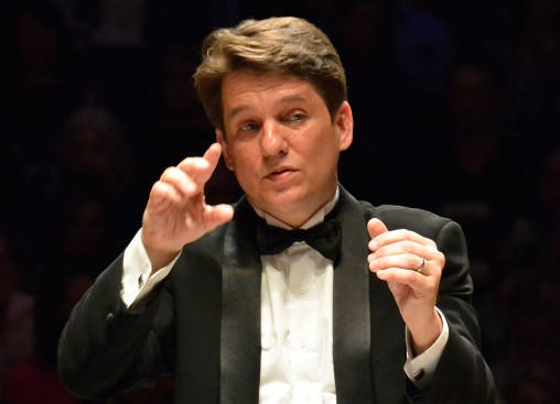 Keith Lockhart conducting Boston Pops