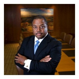 LaVaughn Henry, Ph.D., vice president and senior regional officer of the Cincinnati Branch of the Cleveland Federal Reserve Bank will keynote the LIFT Symposium at Wright State University Friday, March 27.