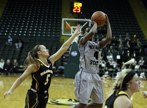 Kim Demmings pulls up for a jump shot during the women's basketball team's game against Milwaukee Jan. 21.