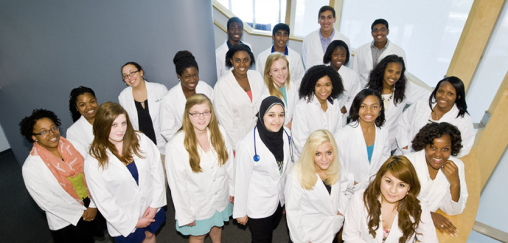 The Horizons in Medicine program offers high school students the opportunity to see firsthand the science and delivery of health care that forms the foundation of a career in medicine.