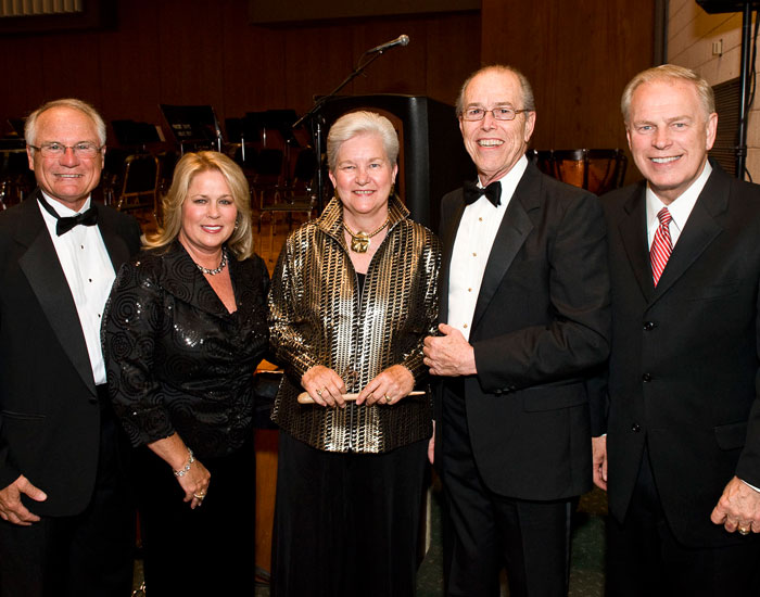 (L to R): WSU President David R. Hopkins, Angelia Hopkins, Vicki Pegg, Robert McGriff, and Gov. Ted Strickland at ArtsGala 2010.