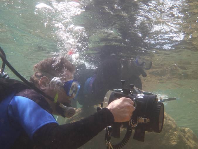 Elliot Gaines underwater